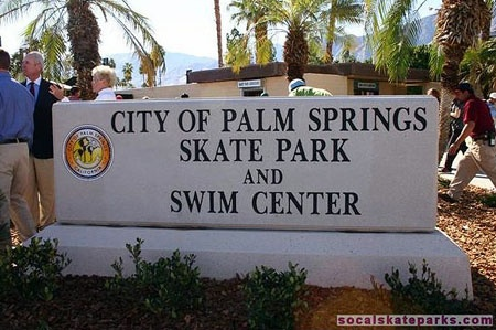 Picture of the Palm Springs Skate Park and Swim Center entrance sign